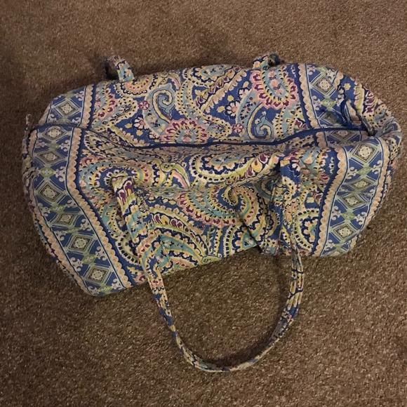 Vera Bradley - Large Duffel Bag (Capri Blue). M 5a6e98fa8df470675adc6cf5 383f5d57ef